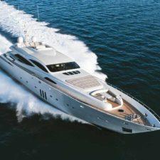 Jacht motorowy Pershing 108, Ferretti