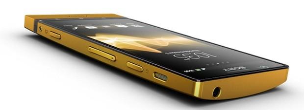 Limitowany Sony Xperia P, 24 karaty złota!