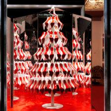 Świąteczna choinka według Christiana Louboutina