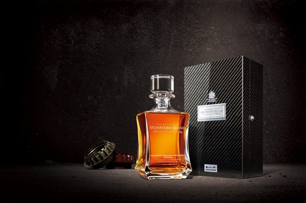 John Walker & Sons Signature Blend Vodafone McLaren Mercedes