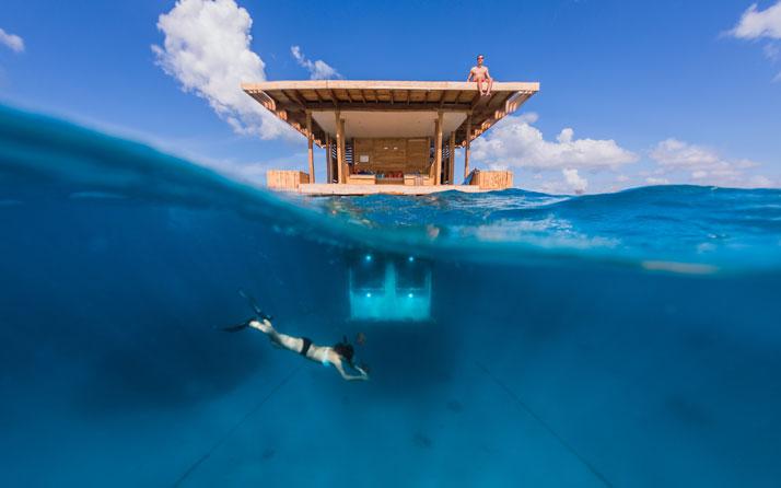 Manta Resort – prześpij się w podwodnym pokoju!
