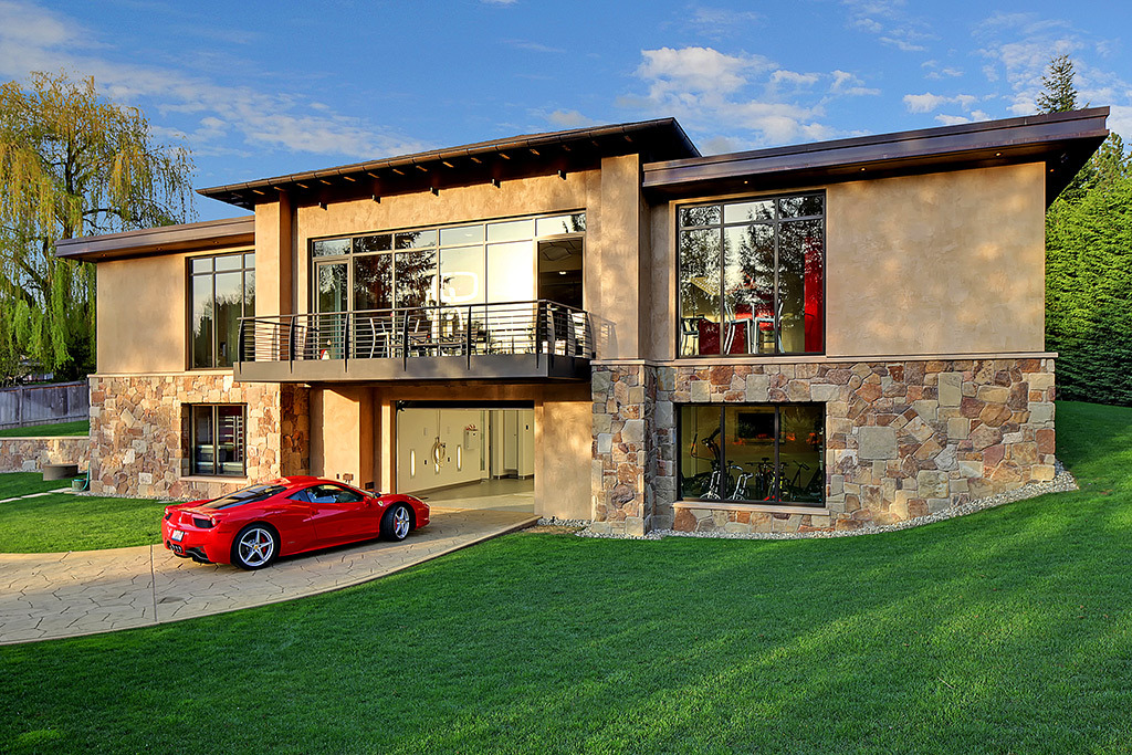 Dom o jakim marzy każdy fan motoryzacji