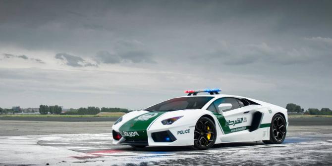 10 najdroższych wozów policyjnych na świecie