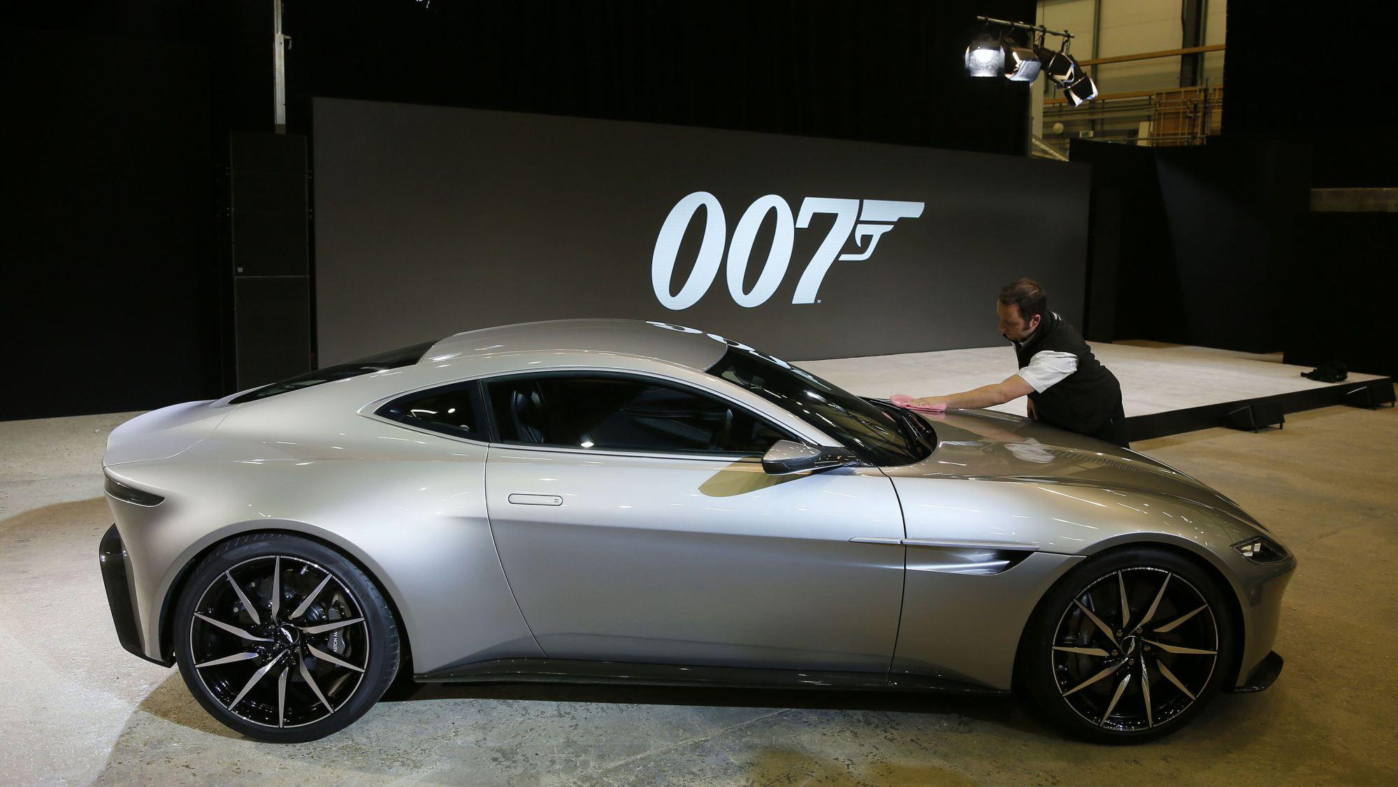 Aston Martin DB10 nowy samoch³d Jamesa Bonda Lu