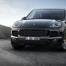 Porsche poszerza gamę Platinum Edition o dwa modele Cayenne S