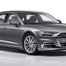 """Audi A8 zdobywa nagrodę dla najbardziej luksusowego samochodu świata – """"World Luxury Car 2018"""""""