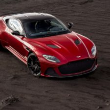 Na weekend: Aston Martin DBS Superleggera