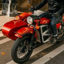 Odświeżony retro klasyk – elektryczny motocykl Ural