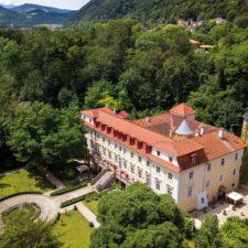 Ostatni zamek Mozarta Schloss Stuppach może być Twój!