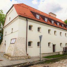 Ekskluzywny apartamentowiec z 1543 roku wchodzi na rynek