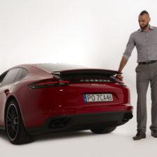 Ambasador Porsche, jedyny polski koszykarz w NBA – Marcin Gortat – odbiera nowe Porsche Panamera 4 E-Hybrid