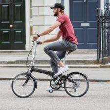 Nowy MINI Folding Bike. Rowerowa frajda z jazdy.
